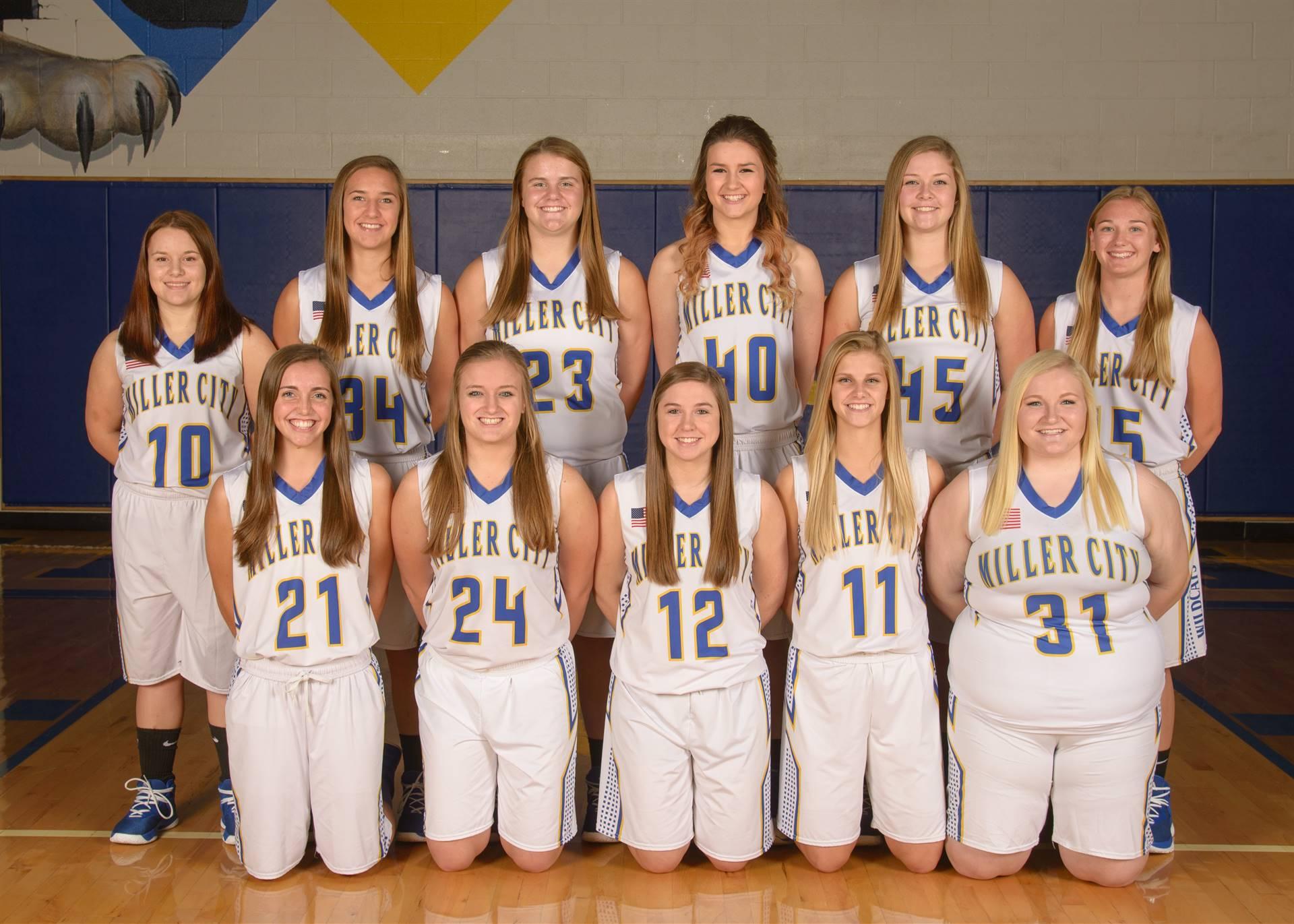 Varsity Girls Basketball Team Photo